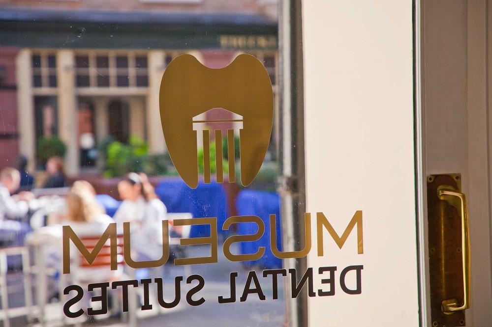 Entrance of Museum Dental Suites